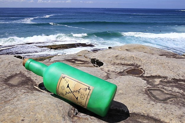 Message in a bottle - Steven Thomson + Jonas Allen, 2011